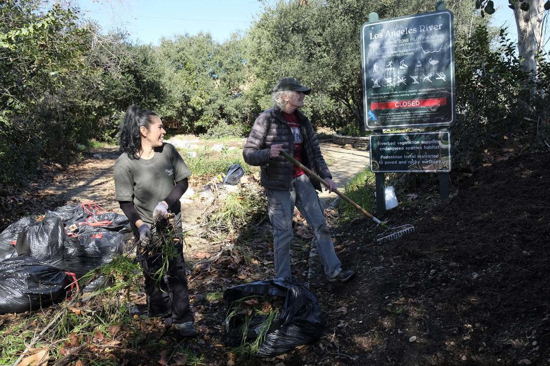 Enhancing habitat at Steelhead Park along the LA River